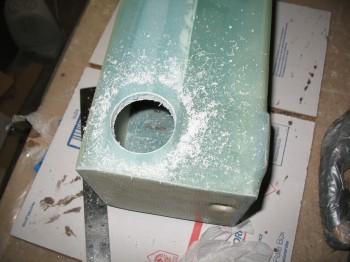 Chap 14 - Spar bolt access hole
