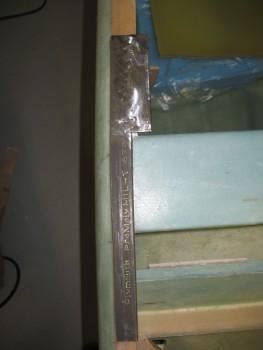 Right side rail edge cut