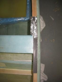 Left side rail edge cut