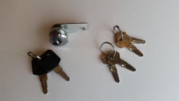 Headrest lock & gas cap keys
