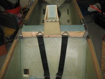 Checking seat belt positioning
