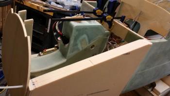 Left outboard sidewall & VR mount