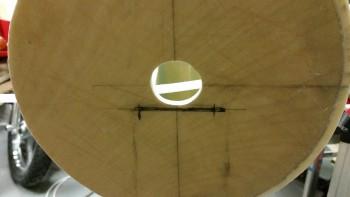 Landing light bracket mounting groove