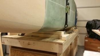 Fuselage secured on flat blocks