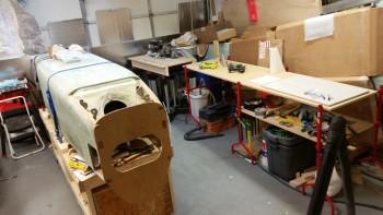 Shop organized for main gear install