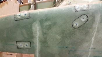 Left outboard gear mounts border marked