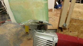 Cutting right heat shield gear leg notch