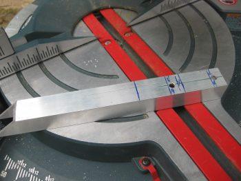 Cutting reverse wing bolt u-channel