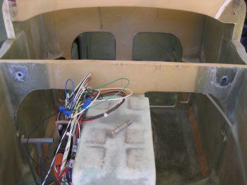 Canard lift tabs mount pads