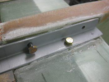 Test fitting AN4 bolts
