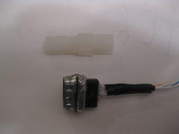 """""""Old"""" Roll TRIM Servo connector"""
