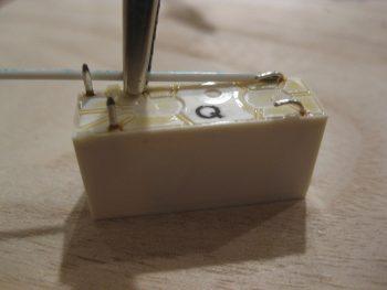 COM1-COM2 selector relay -- RL009